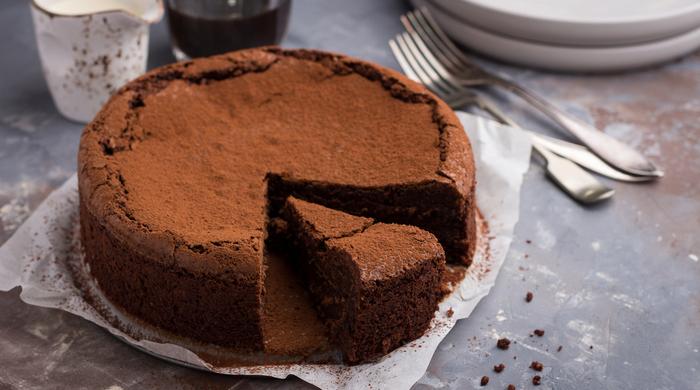 tem como fazer bolo de chocolate na airfryer? Tem!