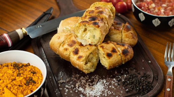 pão de alho cremoso churrasco_ receita de acompanhamento: